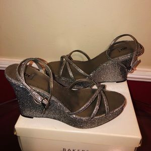 """Bakers silver glitter shoes """"Sharon"""""""